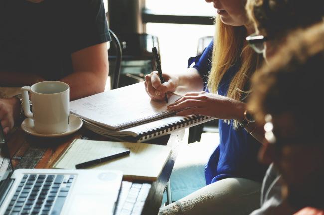 dejar-que-otros-decidan-por-ti-decisiones-que-lamentaras-mi-vida-freelance